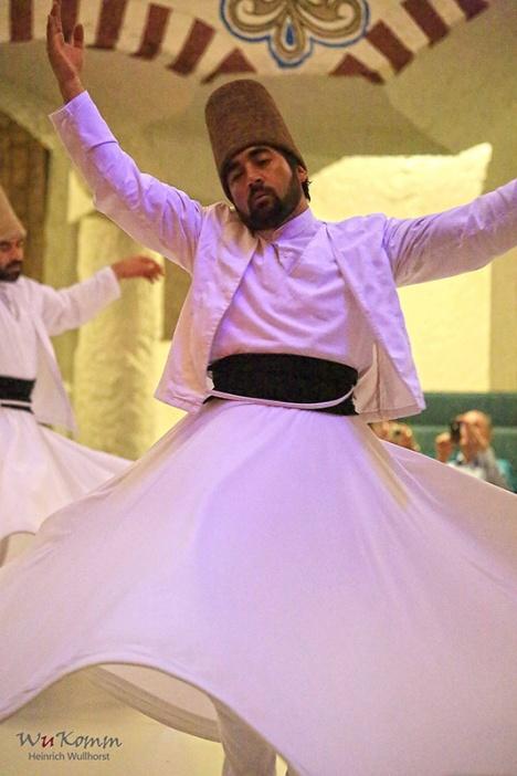 Tanzende Derwische (Foto: wukomm).