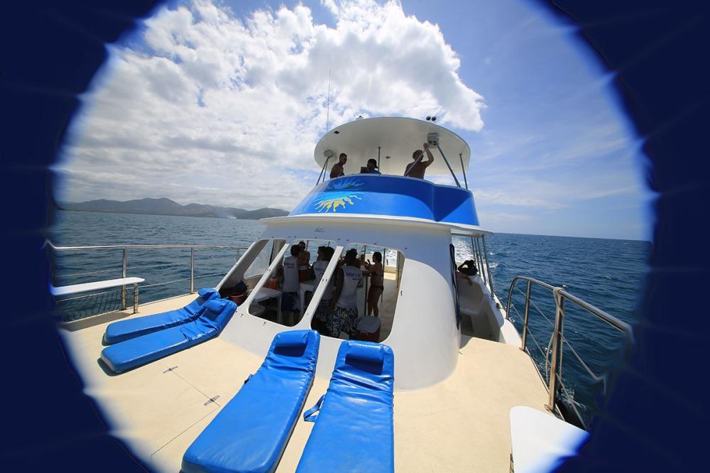 Unterwegs mit dem Katamaran.