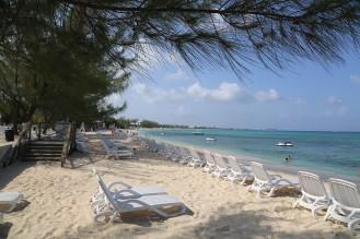 Wunderbar weißer Sand am Tiki Beach (Foto: wukomm).