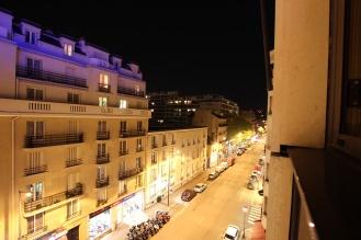Abendlicher Blick aus dem Hotelzimmer.