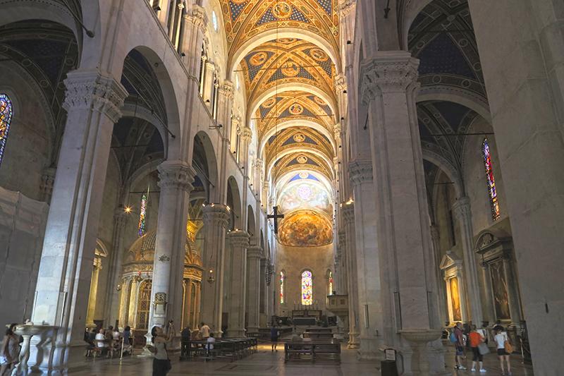 Innenraum Dom zu Lucca.