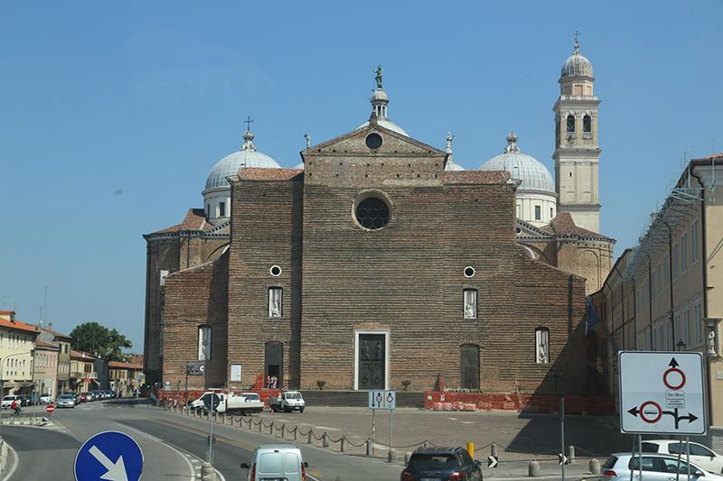 Giustina-Basilika in Padua.