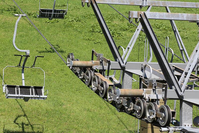 Heute sind selbst die Sessellifte deutlich bequemer. Sie kommen aber eigentlich nur noch in der Skisaison zum Einsatz.