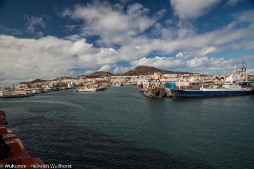 Der Blick von unserem Balkon auf den Hafen von Las Palmas.